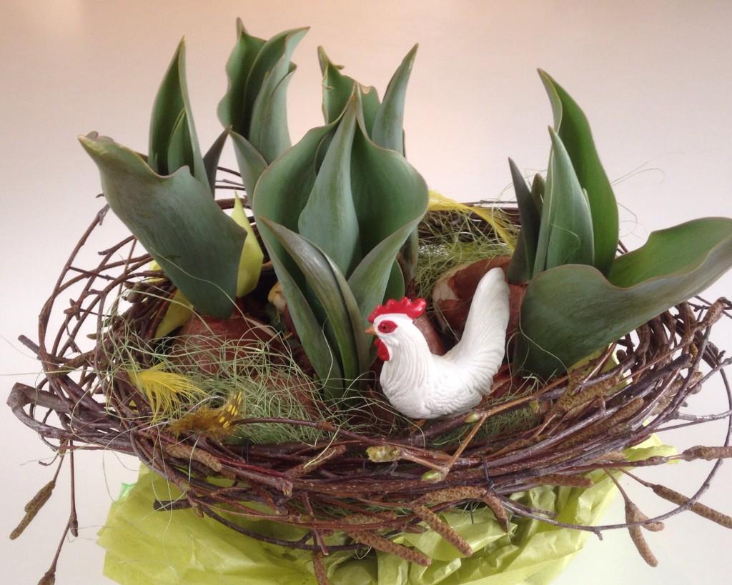 Hurtig værtindeblomst, pyntet i bedste påskestil